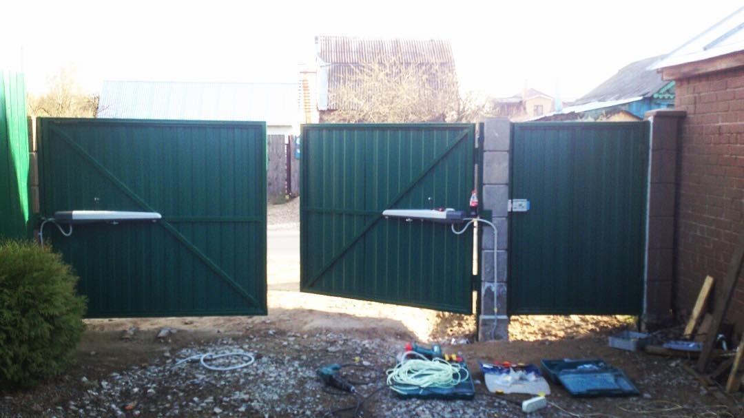 Ворота распашные с автоматикой