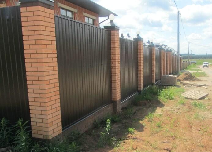 Забор из профнастила своими руками в 6 этапов